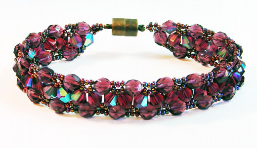 Triangle weave bracelet (free pattern at Around the Beading Table)