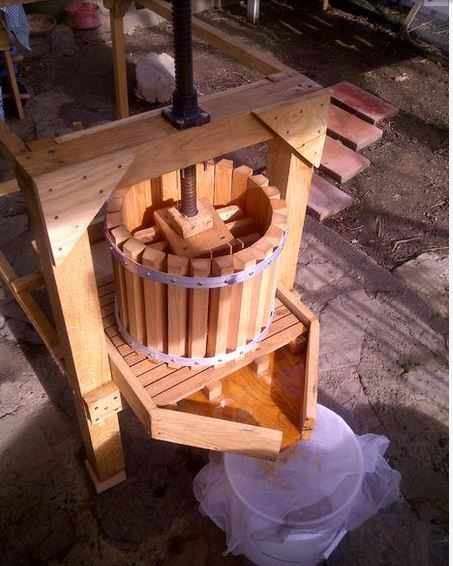 Apple Cider Press with Grinder by mcraghead
