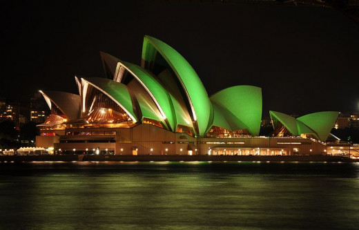 Sydney Opera House featured Green lights in honour of St. Patrick's Day 2010