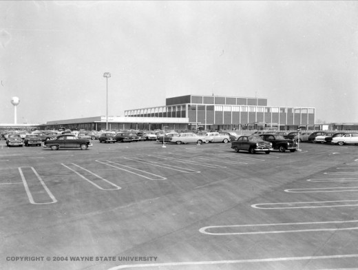 NORTHLAND: The first enclosed mall was located in the suburbs of Detroit, MI; circa 1954