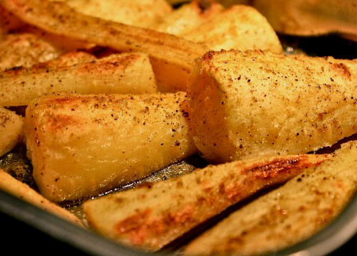 Baked parsnips are easy to prepare with the tips and guides provided in this article