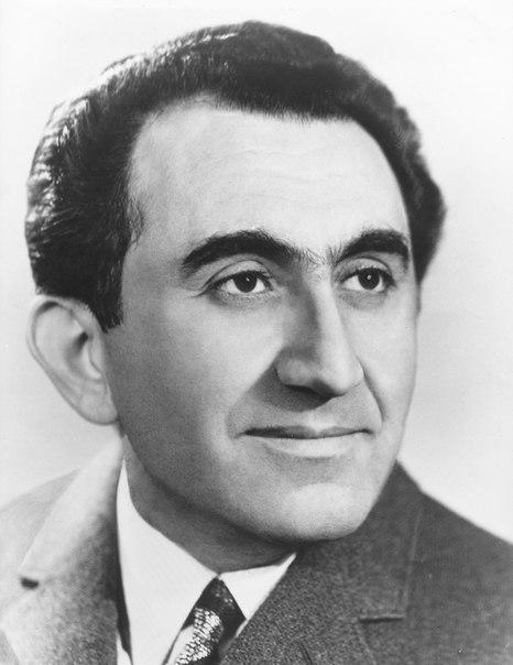 Tigran Petrosian (1929 - 1984)