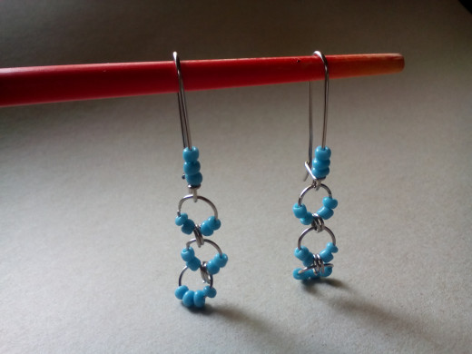 A simple design of jump rings and beads.