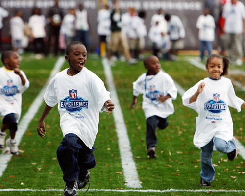 """""""First Lady's Let's Move! Campaign and NFL's Play 60 Campaign Team up to Tackle Childhood Obesity"""" -White House"""