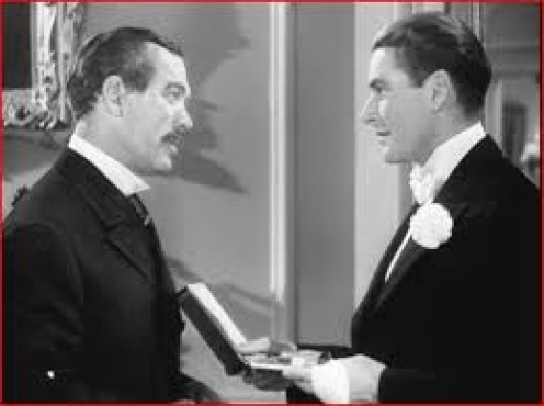 Bond, left, as John L. Sullivan and Erroll Flynn as Gentleman Jim Corbett starred in one of Bond's best films about the life of John L. Sullivan