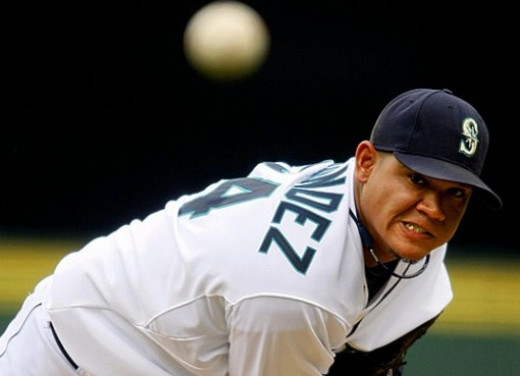 Felix Hernandez will look to pitch the Mariners into title contention this season.