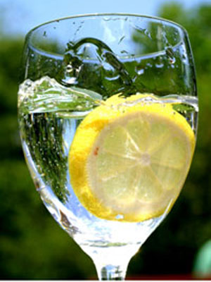 Many Health Benefits Of Lemon Water