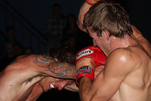 Many elbow strikes are landed on the way in to or out of the clinch.