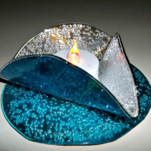 Make an Amazing CD Tealight Holder