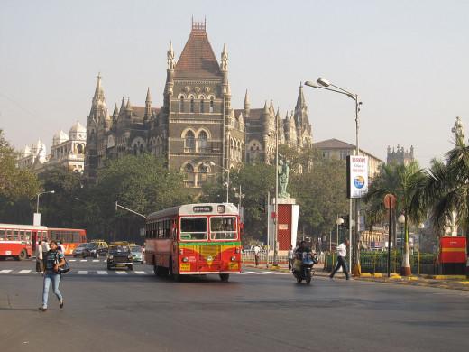 Fort Road, Mumbai By Neeraj Pattath [CC-BY-SA-3.0 (http://creativecommons.org/licenses/by-sa/3.0)], via Wikimedia Commons