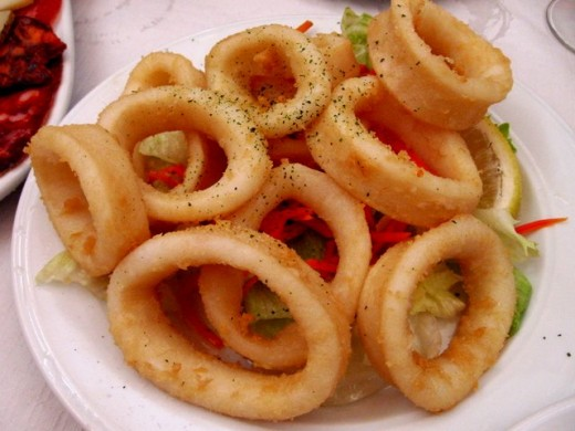 Spicy squid rings with cumin is a good example of the savory tastes available at tapas bars. You can easily make these dishes at home.