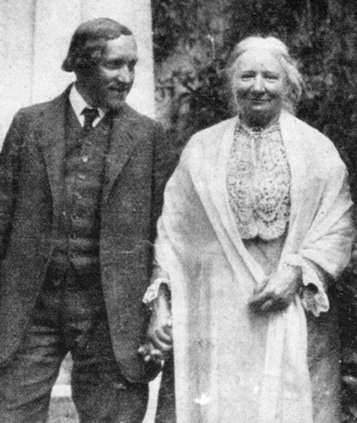 Ellen Key with sculptor Carl Milles in around 1915.  Key is best known for her book: The Century of the Child, published in 1909, where she argues for a child-centered approach, and against corporal punishment.