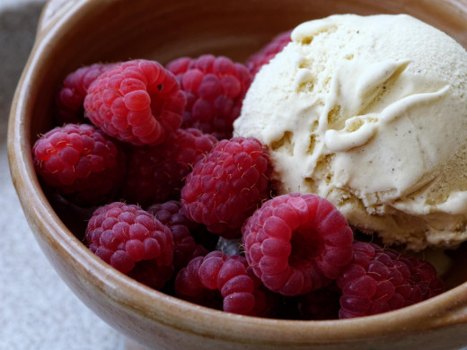 Is your preschooler itching for some ice cream? Try adding some fresh berries to a small scoop!