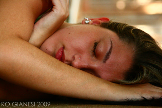 Many people find that a short nap is a far more effective afternoon pick-me-up than coffee or an energy drink.