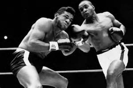 Sonny Liston won the heavyweight crown by knocking Floyd Patterson out in the first round.