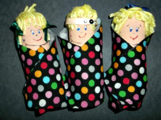 paper roll triplet babies craft