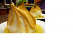 Dessert for diabetics: Pears in nightshirts