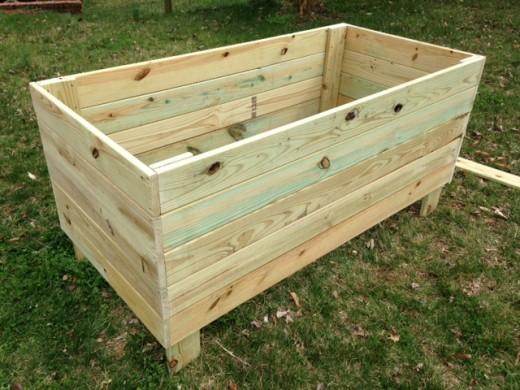 Finished raised bed: large.