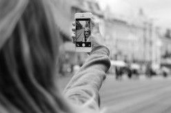 6 Steps to Taking The Perfect Selfie Every Time