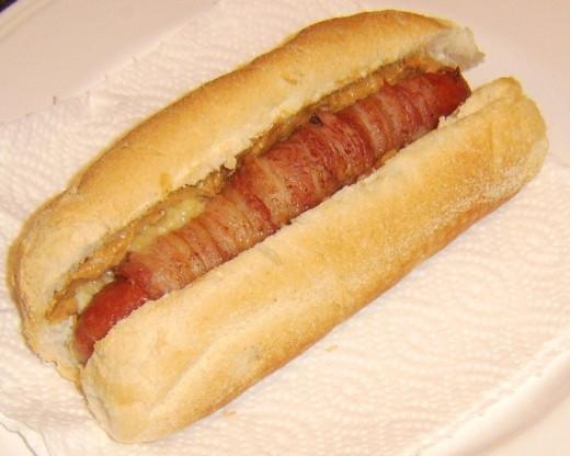 The Peanut butter, bacon and banana hot dog (PBB & B Dog)