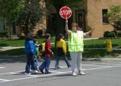 I think people should take a course to learn mor e about the job of a school crossing guard.