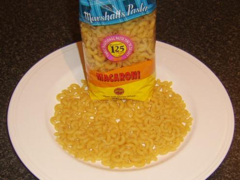 Dried elbow macaroni pasta