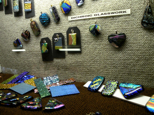 Showcase featuring dichroic glass work from Club members.