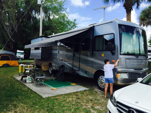 A great Campsite in Cape Coral Florida with roomy sites and good amenities.