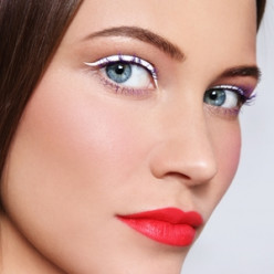 5 Reasons Why White Eyeliner Is Better