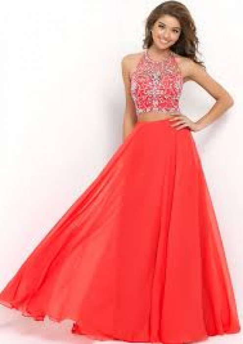 Lovely girl and gown.