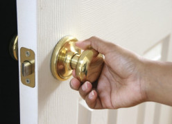 How to Install a New Doorknob