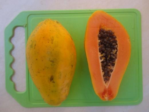 Ripe papaya for hair split ends
