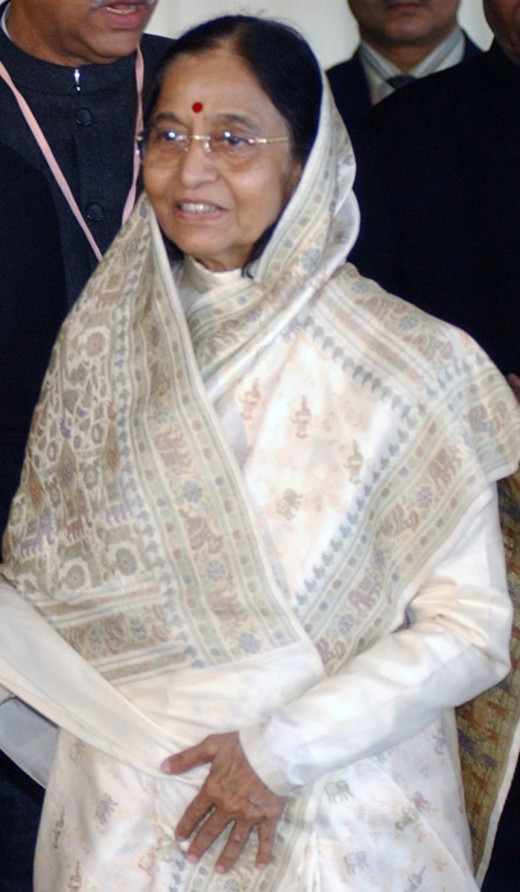 Pratibha Patil India's first woman president [CC-BY-3.0-BR (http://creativecommons.org/licenses/by-sa/3.0/)], via Wikimedia Commons