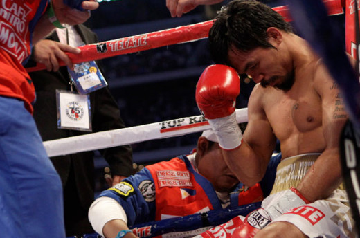 In every fight, Manny always take his time to pray before the bell rings.