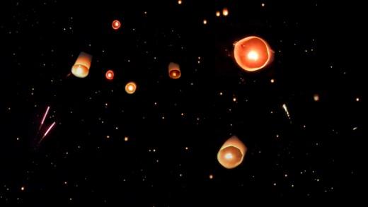 Yi Peng Sky Lanterns