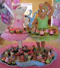 Amazing Cakes by Rosebud Cakes