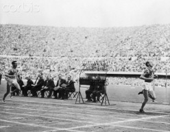 5000 Meter Finish in 1952 Olympics.
