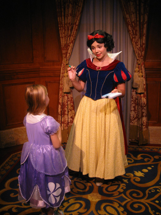 Meeting Snow White at the Magic Kingdom