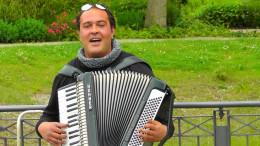 Happy-go-Lucky accordionist
