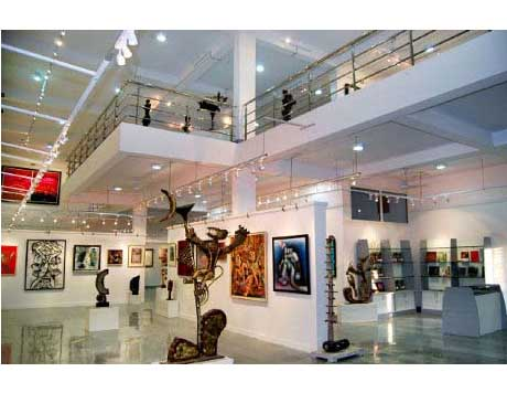 An art gallery in Cholamandal Artists Village