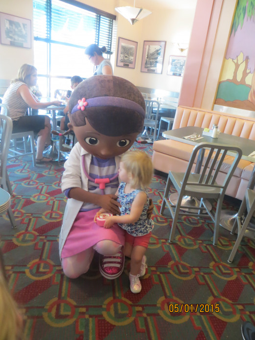 Lunch with Doc McStuffins.