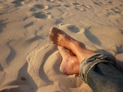 Tips to Prevent Foot, Ankle, and Leg Pain While Traveling