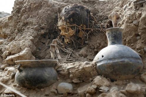 Peruvian Burial Dig