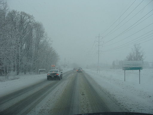 Harsh roadway conditions in a snowstorm