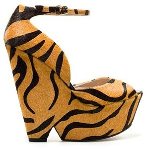 Tiger shoes