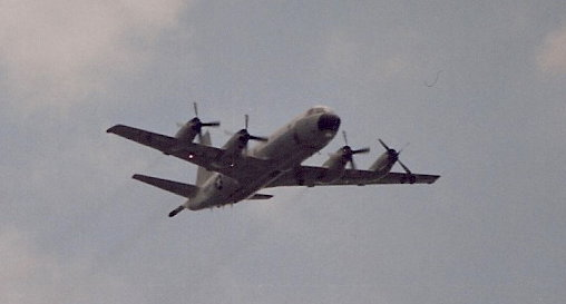 A US Navy P-3 Orion over the Washington Mall during the Desert Storm Victory Parade, June 1991.