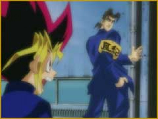 Yugi confronts the bully who beat up Jou and Honda in retaliation for the way they treat Yugi. He gets beaten up for his trouble when he refuses to pay the bully protection money.