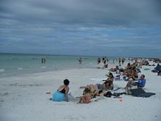 White sands of Siesta Beach