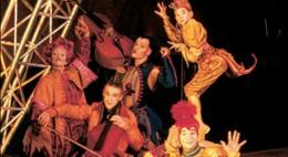 1990 NOUVELLE EXPÉRIENCE'S artists les Flounes. Left to right: Cécile Ardail, Patrice Wojciechowski, Christophe Lelarge, David Lebel et Isabelle Chassé. Photo: Jean-François Leblanc