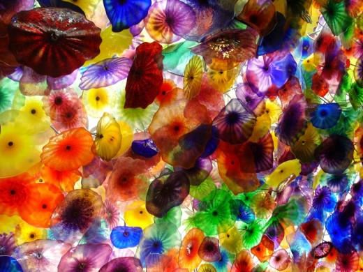 Dale Chihuly's magnificent Fiori di Como ceiling installation comprises thousands of enormous, colorful glass flowers